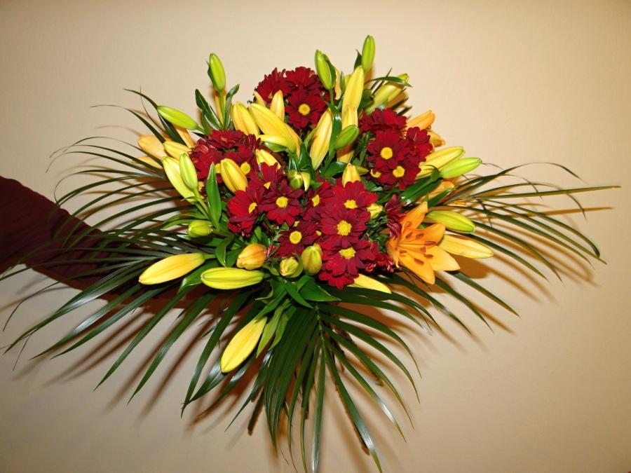 Chryzantémy a lilie